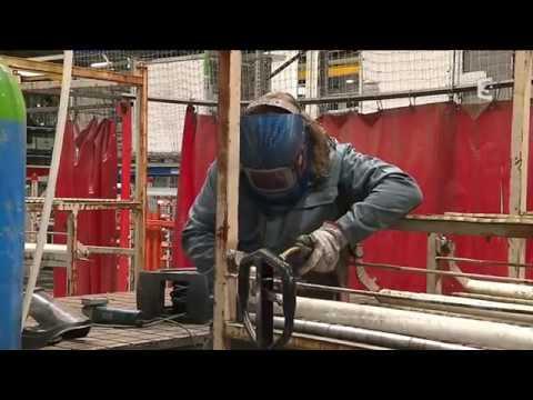 Handicap et travail : un ESAT au sein des ateliers de Renault Trucks à Blainville (Calvados)