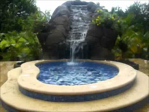 piscinas en costa rica jacuzzi con cascada youtube. Black Bedroom Furniture Sets. Home Design Ideas