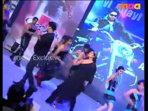 Mee intiki Mundo Gatu song Performance by Sagar