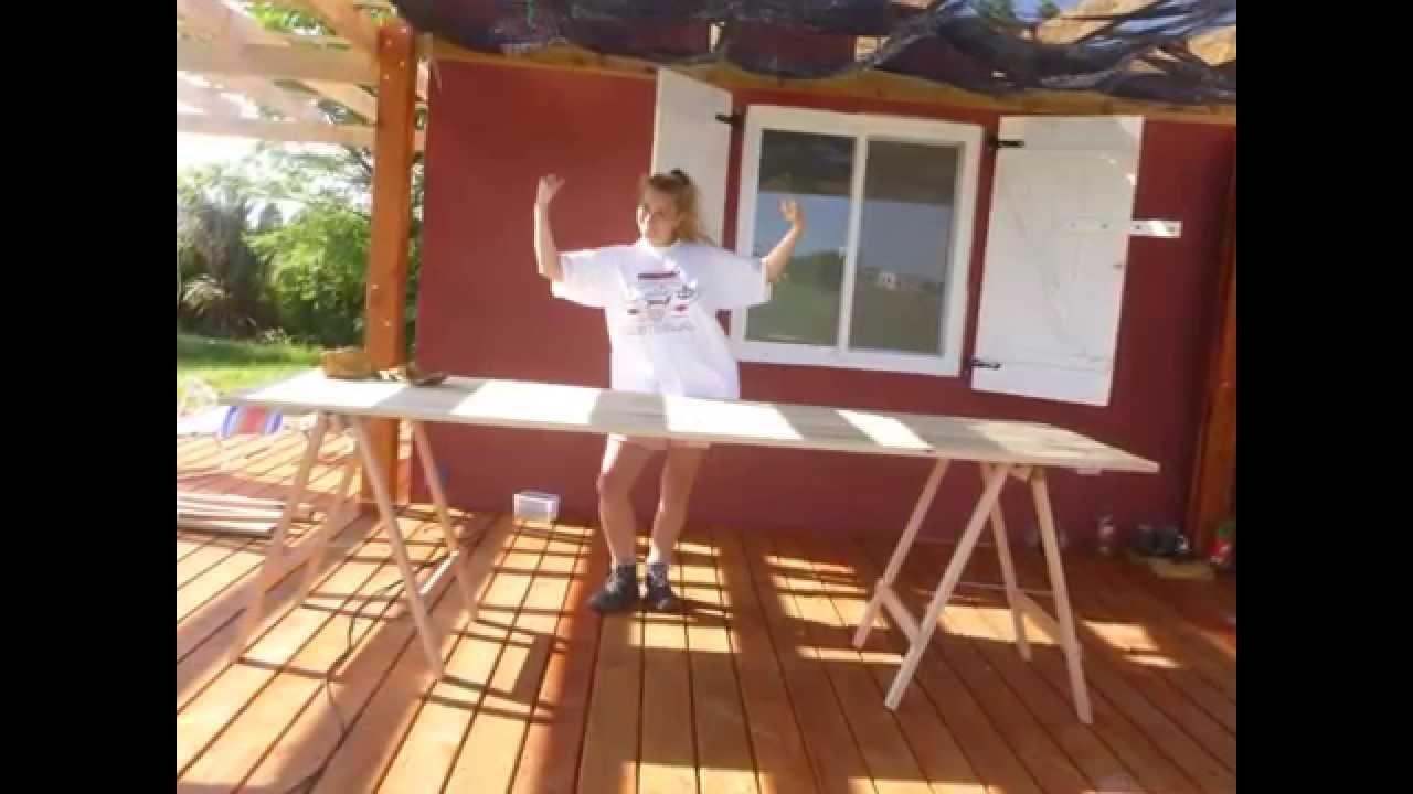 Fabricando una mesa con caballetes youtube - Mesa con caballetes ...