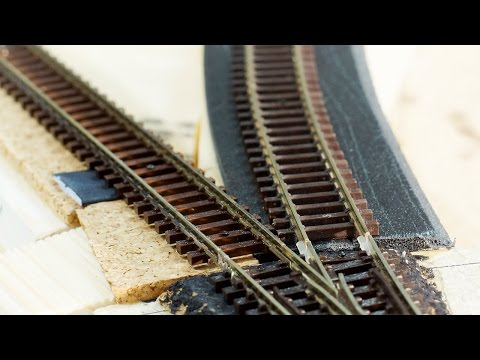 Model Railway Toy Train Scenery -04 – Cork vs foam track underlay for model railroading