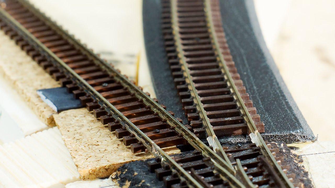 04 - Cork vs foam track underlay for model railroading