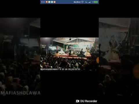 Yalal wathon Gus Ali gondrong live di Ngares Trenggalek