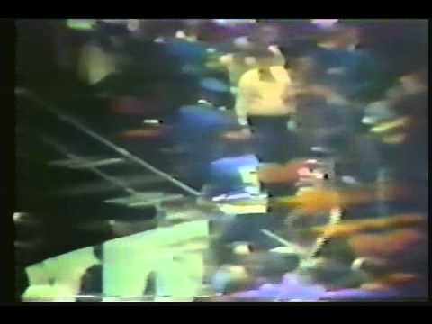 Blues vs Philly Fans 1/6/1972
