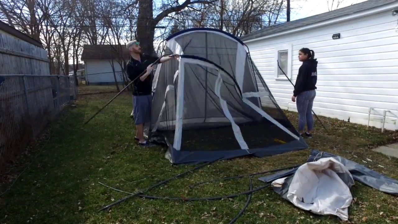 179a335a6c7 Coleman WeatherMaster 6 Person Screened Tent Review - Comfort & Space |  Family Camp Tents