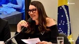 NO BRASIL EXISTEM QUATROCENTOS E NOVENTA E TRÊS MUNICÍPIOS COM MAIS ELEITORES QUE HABITANTES...