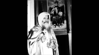 القداس الإلهى عام 1962 بمصر القديمه  بصوت قداسة البابا المعظم الأنبا كيـرلـس السـادس