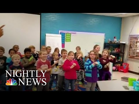 Dana Tyson - Kindergarten Class Learns To Sign 'Happy Birthday' In Heartfelt Surprise