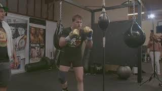 Canelo Alvarez traing for Gennady Golovkin rematch (Video: Golden Boy Promotions)