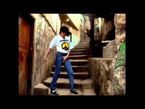 Michael Jackson/Janet Jackson dance moves...