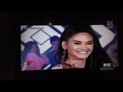 Sarah G and Pia Wurtzbach NAGKITA after 15 years l Pia TINARAYAN si Sarah NOON - 동영상