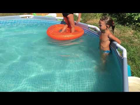 Учимся плавать в бассейне #summer