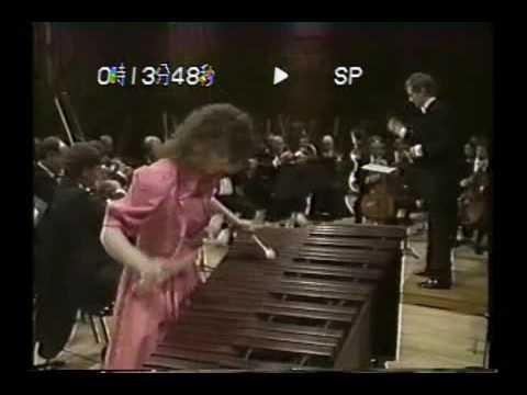 Evelyn Glennie plays Ney Rosauro Marimba Concerto II