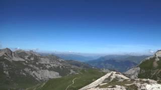 vue à 360 ° depuis le sommet du petit mont blanc