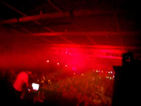 Big Gigantic - Live @ the Music Farm - Say My Name (by Porter Robinson) (4)