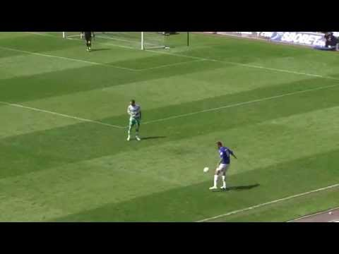 FLASHBACK: BOTHROYD GOAL v QPR 23/04/11