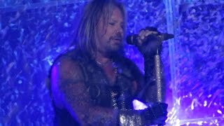 Motley Crue - On With The Show - Live on The Final Tour 10/22/14 Greensboro NC