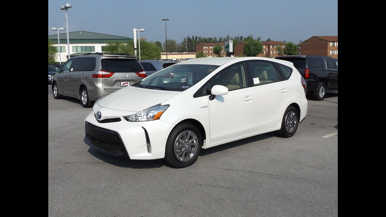 2015 toyota prius v hybrid review start up and tour funnycat tv. Black Bedroom Furniture Sets. Home Design Ideas