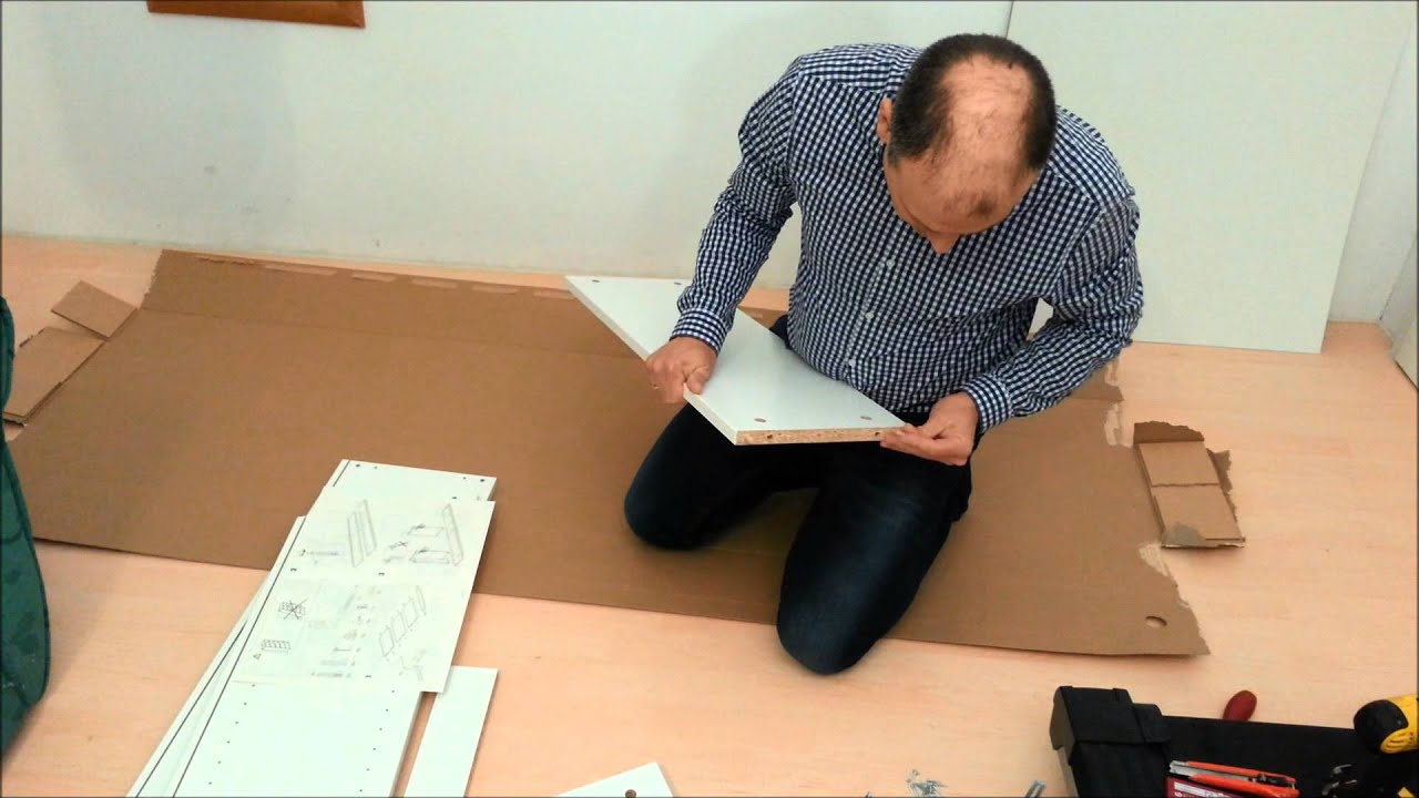 ikea regal billy zusammenbauen youtube. Black Bedroom Furniture Sets. Home Design Ideas