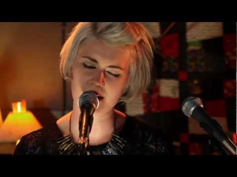 MKO - 'Snarly' (Live) @ The Underhouse 2012