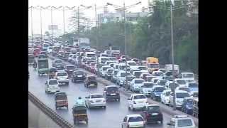 Mumbai Walk -  Mumbai Road Traffic