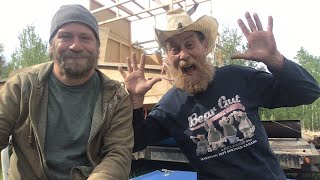Live Stream With Crazy Neighbor By The Barrel Boat