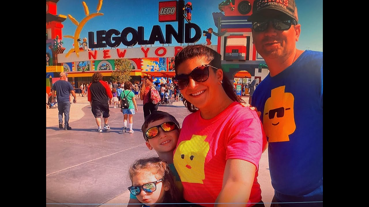 SO MUCH TO SEE AT THE LEGOLAND NY  ENTRANCE!