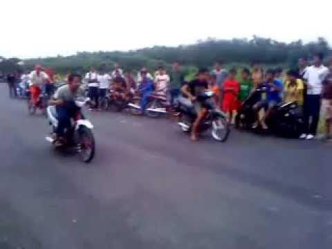 Balapan Lucu Vega VS Shogun.3GP