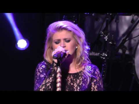 Kelly Clarkson 9/5/13: 9 - I Never Loved A Man (Aretha Franklin cover) - SPAC,Saratoga Springs