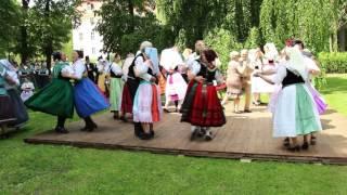 WochenKurier Spreewald - Die Tracht tanzt in Vetschau 2016