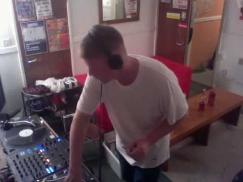 Classic funky house oldschool vinyl set youtube for Funky house classics 2000