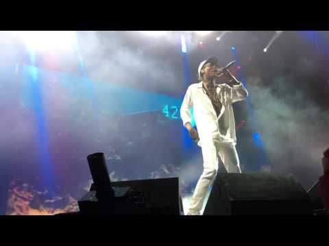 Wiz Khalifa - Bake Sale (Live at Perfect Vodka Amphitheater in West Palm Beach of High Road Tour)