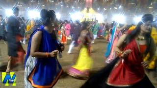 Aavi Nav Navratri Re | United Way of Baroda | Garba Mahotsav 2015 | Nim's Group