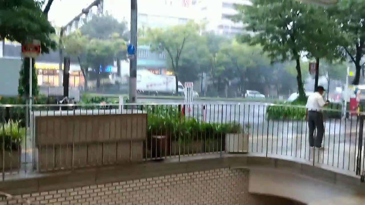 第一次出國就遇到颱風9/3 日本燕子颱風3 - YouTube