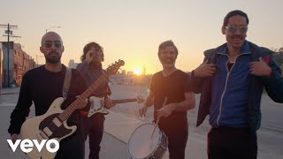 Chicano Batman - Color my life (Official Music Video)