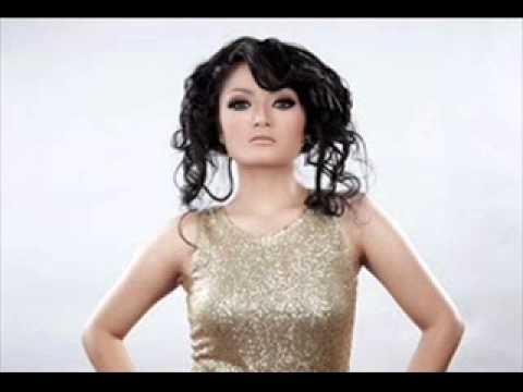 Siti Badriah - Terong Dicabein (Lirik)