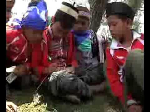 Trauma Healing untuk anak-anak di pengungsian akibat Gunungapi Sinung