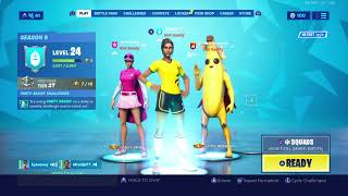 Fortnite Item Shop!! New Banner Cape And Skins!!!!