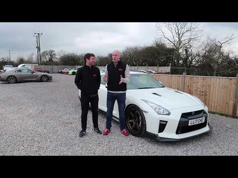 Nissan GT-R Litchfield LM20 - Tim & Christian take this beast for a drive!