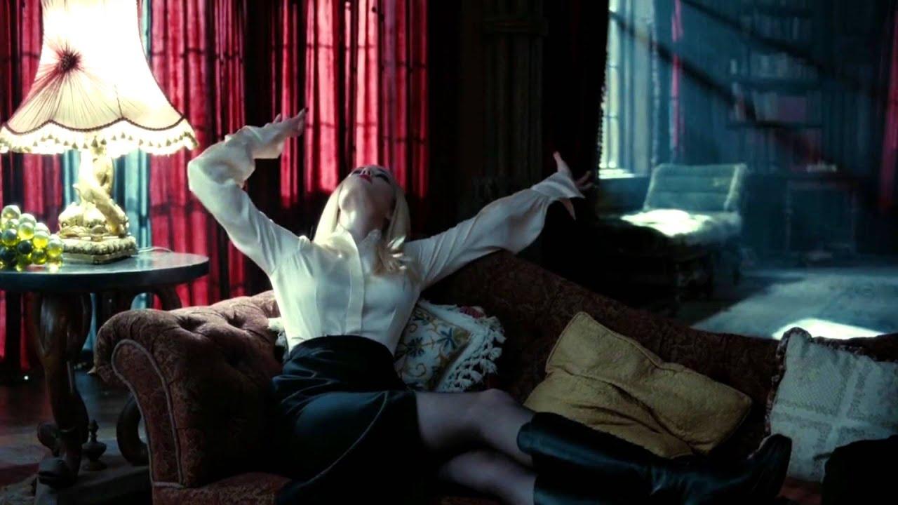 Angelique Bouchard (Ev... Eva Green
