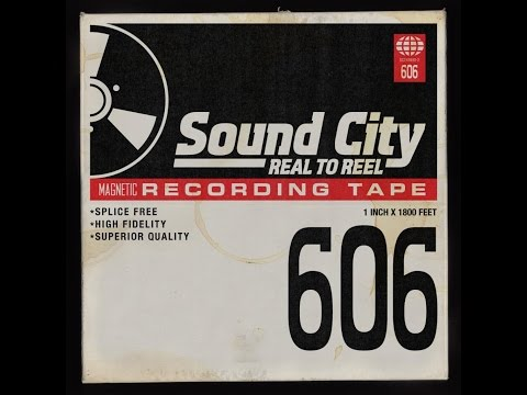 Corey Taylor, Dave Grohl, Rick Nielsen, Scott Reeder - From Can to Can't
