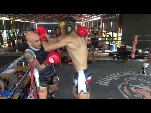 Jojo Muhammadi & Victor Nunes sparring