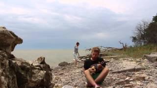 Сергей Галанин и Михей - Мы дети большого города (укулеле кавер версия)