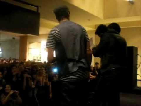 NEW MOON Mall Tour Denver Q&A Trivia (2/3)