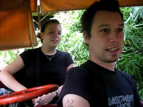 Gavin Tearle & Lauren Cashman @ Thorpe Park 2007 (...
