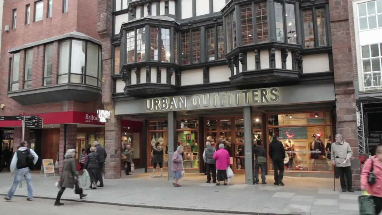 Urban outfitters exeter store opening youtube - Urban outfiters bruxelles ...