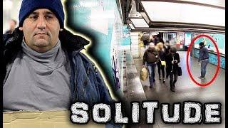 Expérience Sociale #26: La solitude des SDF (#JustSayHello)