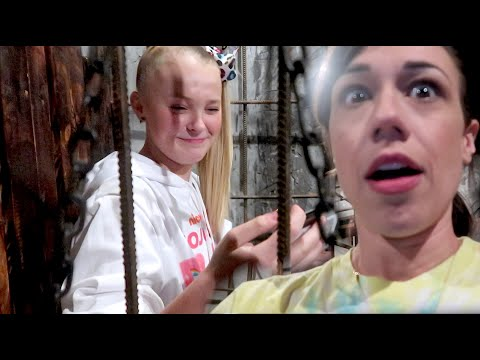 LOCKED IN A ROOM WITH JOJO SIWA!