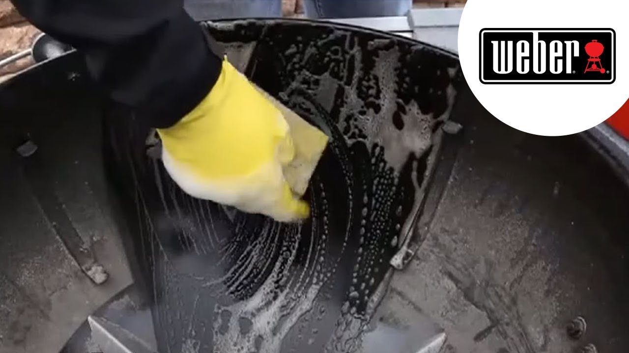 Comment Laver Grille Barbecue tuto barbecue weber : comment nettoyer son barbecue charbon weber ?