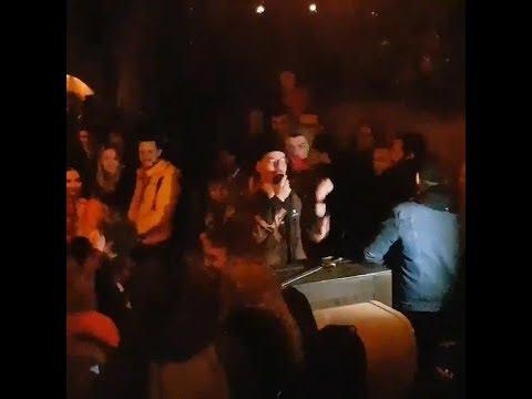 Cast member Pirates of the Caribbean (Disneyland Paris) entertains crowd during breakdown